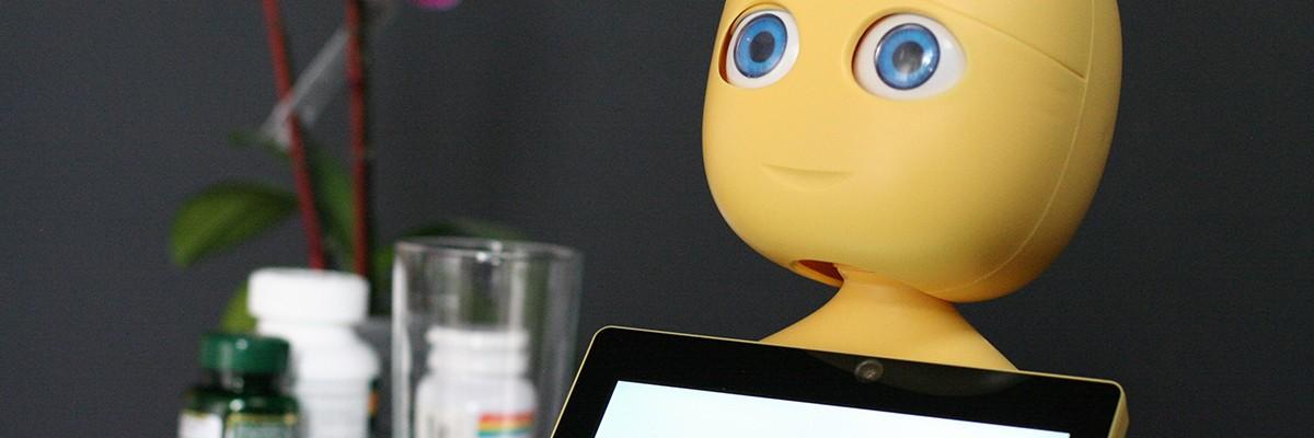 인공지능 대화가 가능한 건강 도우미 로봇 '마부'